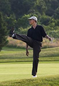 300px-Barack_Obama_playing_golf2