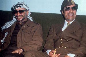 Gaddafi_with_Yasser_arafat_1977